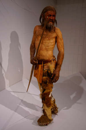 BOLZANO, ITALY - JUL 26, 2018 - Reconstruction of the 5000 year old iceman Oetzi found in the Italian alps, Bolzano, Italy Editoriali