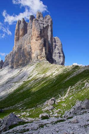 Pinnacles of the Drei Zinnen - Tre Cime di Laveredo peaks in the Dolomites Alps, Italy 報道画像