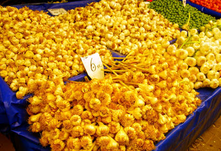 Fresh garlic in the central market of Canakkale, Turkey Stock Photo