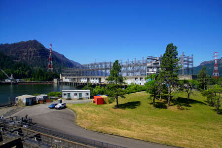 Power generating  turbines of the  Bonneville Dam on the Columbia River in  Oregon Banco de Imagens