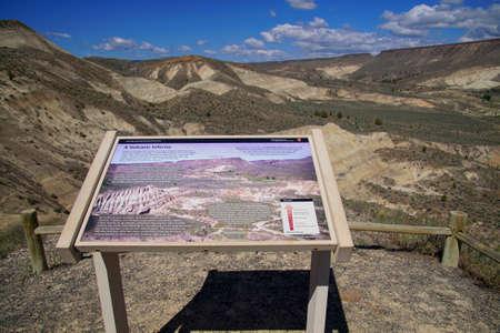 Erosion reveals ignimbrite volcanic ash deposits in central Oregon Editorial