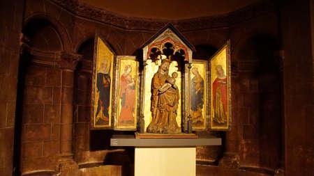 MUNICH - JUL 22, 2018 - Baldachin triptych altarpiece of Madonna and child, 1430 CE, Bavarian National Museum, Munich, Germany Editöryel