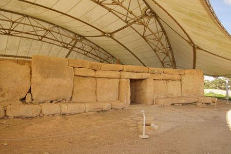 HAGAR QIM, MALTA - NOV 30, 2018 - Neolithic temples of Hagar Qim, Malta Redakční