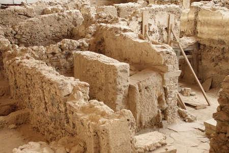 Ancient ruins of Akrotiri, Santorini, Greece Imagens - 120704251
