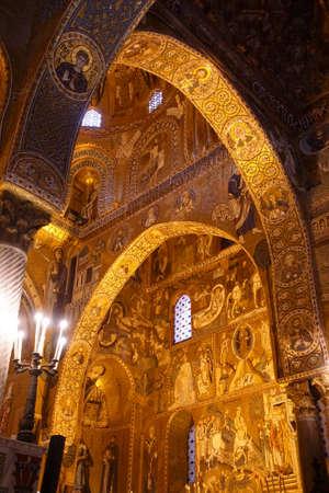 PALERMO, SICILY - NOV 28, 2018 - Elaborate Byzantine style mosaics cover the walls and columns of Capella Palatina, Palermo, Sicily, Italy Redakční