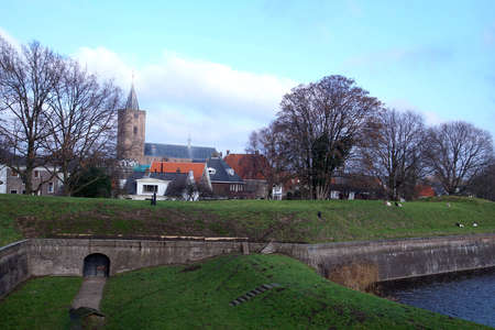 Cannon in casement of fortifications of Naarden, Netherlands Imagens
