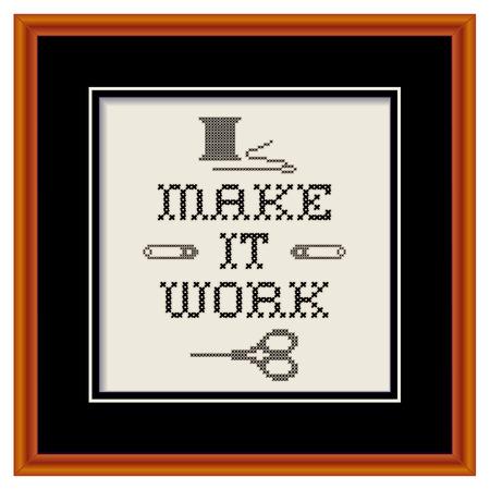 punto cruz: Bordado, hacer que funcione el lema, en marco de madera foto, punto de cruz, diseño de costura de la moda con aguja, hilo, imperdibles, tijeras, negro mate, aislado en fondo blanco
