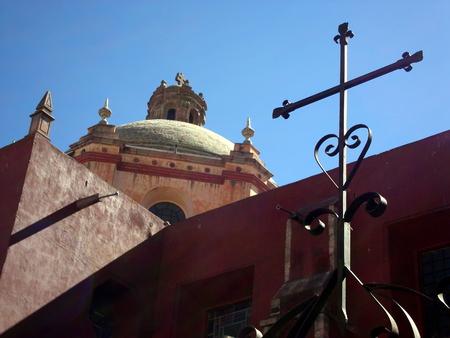 quenching: Temple of San Francisco in Queretaro