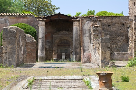 pompeii: View of the court of an ancient roman house in Pompei Stock Photo