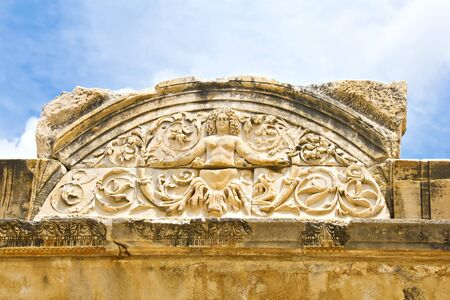 hadrian: Medusa detalle de Adriano Foto de archivo