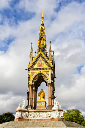 Prince Albert Memorial in London, Great Britain photo