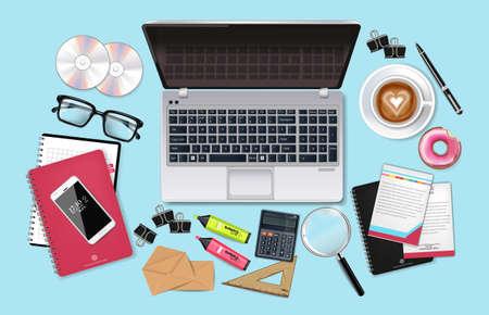Insieme di set di ufficio scrivania da lavoro realistico di vettore. Laptop, caffè, telefono e forniture per ufficio 3d illustrazione dettagliata