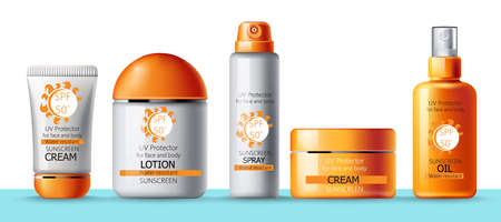 Set of sunscreen cream, lotion, spray and oil. UV protection. Water resistant. Realistic 벡터 (일러스트)