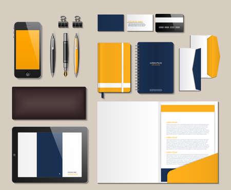 Office stationery vector realistic mock up. Envelope, brochure, notebooks, pen 3d illustrations Vettoriali