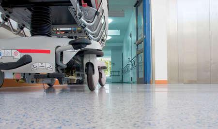 sickbed: Sickbed in corridor