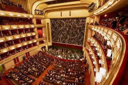 Balconies of Vienna Opera House indoor, Austria 에디토리얼