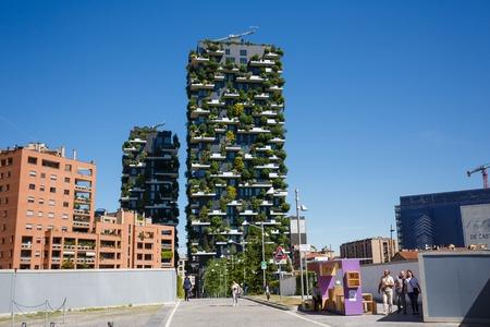 ミラノ, イタリア - 2016 年 5 月 4 日: ボスコ ・ Verticale、ポルタ ・ ヌオーヴァ都市部の垂直の森マンション 報道画像