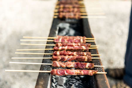 Arrosticini, grilled specialties in the Gran Sasso National Park Reklamní fotografie - 44111372