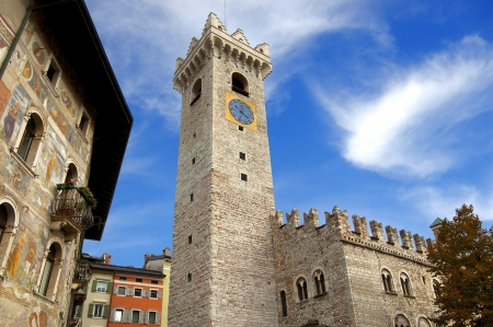 Praetorian Palace, Civic Tower and frescoes in the cathedral square in Trento - Italy Banque d'images