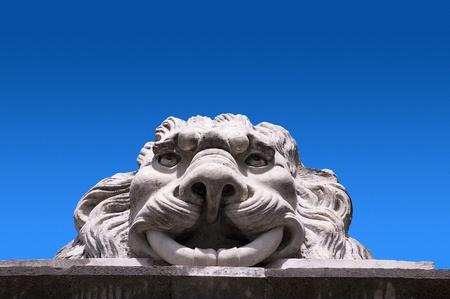 Detalle del le�n de piedra de la ciudad de Sarzana - Liguria Italia Foto de archivo - 16360138