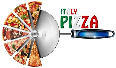 Pizza slices op de roestvrijstalen pizzasnijder en geschreven Italië Pizza