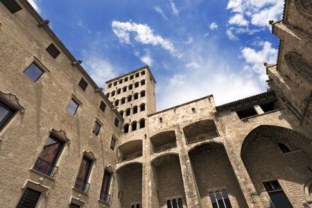 rei: Palau Reial Major  XIV century  Catalan Gothic style at Placa del Rei in Barcelona, Catalonia, Spain