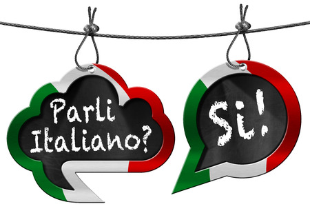 Two speech bubbles with Italian flag and text Parli Italiano Si! Do you speak Italian. Isolated on white Stockfoto