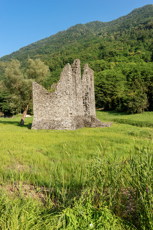 The tower Tor Quadra, fortress of the Roman era, Novaledo, Valsugana (Sugana Valley), Trentino Alto Adige, Italy, Europe 写真素材