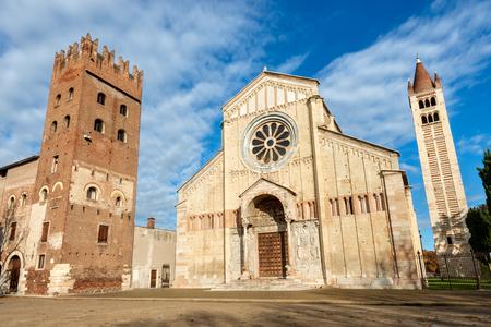 Basilica of San Zeno (X-XI century) in Verona 免版税图像 - 115236272