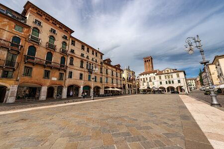 Downtown of the Bassano del Grappa, Piazza Liberta (Freedom square), old town in Veneto, Vicenza province, Italy, Europe 스톡 콘텐츠