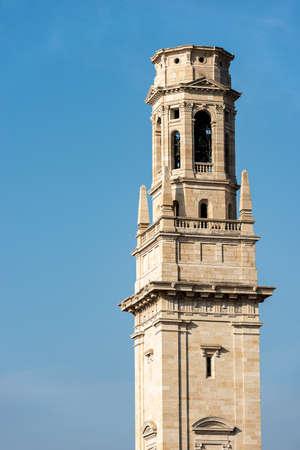 Closeup of the bell tower of the Verona Cathedral (Duomo of Santa Maria Matricolare, VIII-XII century) in Verona Downtown Archivio Fotografico