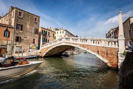Venice, Ponte delle Guglie (bridge of the spires - 1580) over the Cannaregio canal of the Venetian lagoon. UNESCO world heritage site, Italy, Europe.