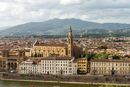 Cityscape of Florence with the Basilica of Santa Croce (Holy Cross), 1294-1385 and the River Arno. UNESCO world heritage site, Tuscany, Italy, Europe.