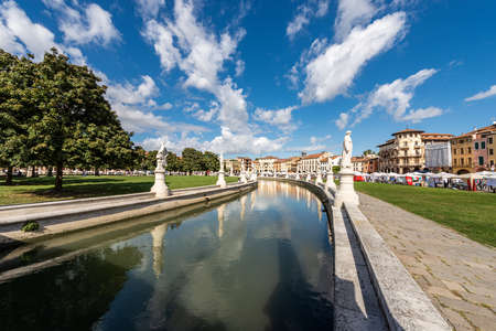 Prato della Valle, famous town square in Padua downtown, one of the largest in Europe. Veneto, Italy. It is an oval square with 78 statues, 4 bridges and an island. Editoriali