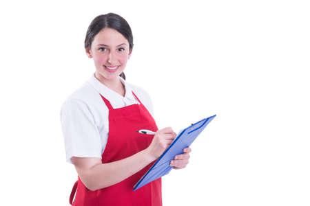 근사한 여성 판매자 클립 보드에 노트를 복용 하 고 카메라에 미소