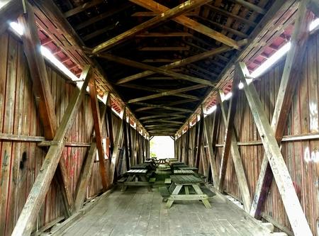Covered Bridge over Mill Creek in Indiana Stock fotó