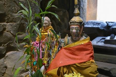 buddah: Buddah statues at Ta Keo Temple - Angkor, Cambodia