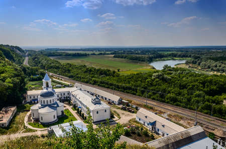voronezh: View to the Divnogorsky male monastery with the Church of the Assumption.