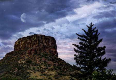 Castle Rock in Golden, Colorado Imagens