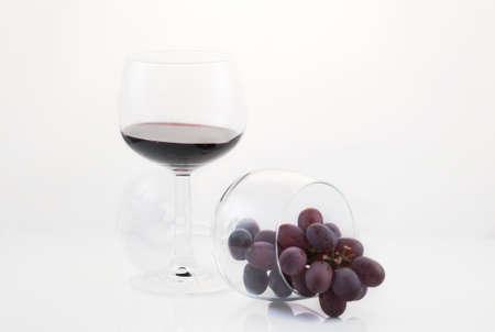 ワインにブドウ