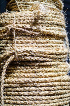 rough: Rough Rope