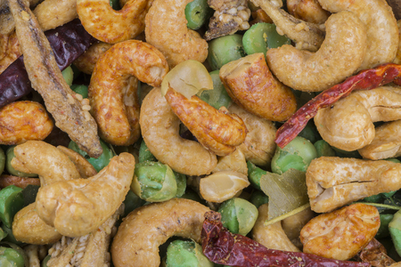 closedup: Thai spicy mixed nuts, closed-up