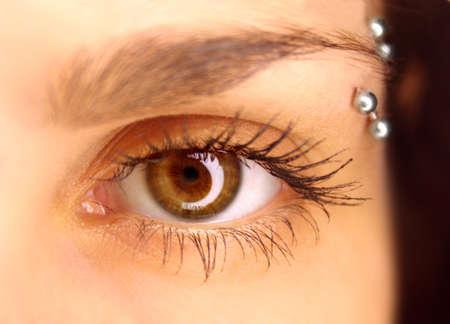 close up eye: Chiudi gli occhi con la luce di riflessione