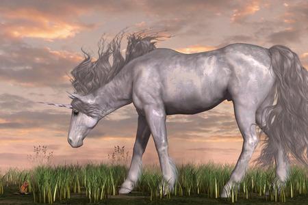 ardilla: Unicornio y Chipmunk - un ciervo de unicornio blanco se detiene y mira con interés a una pequeña ardilla comiendo una bellota