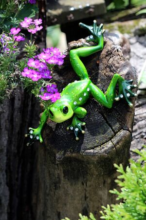 critter: Ornamental Green Frog - This ornamental green frog is decorated with white crystal rhinestone jewels.