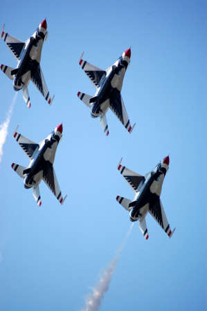 united states air force: Thunderbirds in formation.
