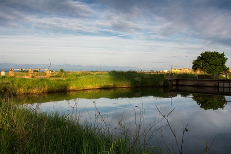salina: The Salina of Cervia, gateway to South Station and the Regional Park of the Po Delta, given an environment of high natural interest, so much so that it has been positioned as a Wetland of International Importance by the Ramsar Convention. Since 1979 he be