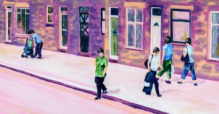 Het originele acryl schilderen van mensen op een straat in de zomer. Paars, roze en groene tinten.