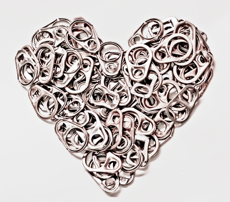 The Heart of can tab  isolated on  white background Stock Photo - 11985294