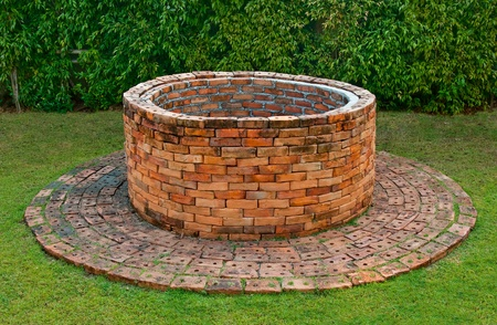 The Ancient brick well Stock Photo - 12746008